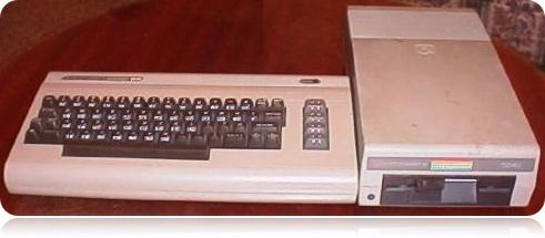 Commodore 64 con su disquetera